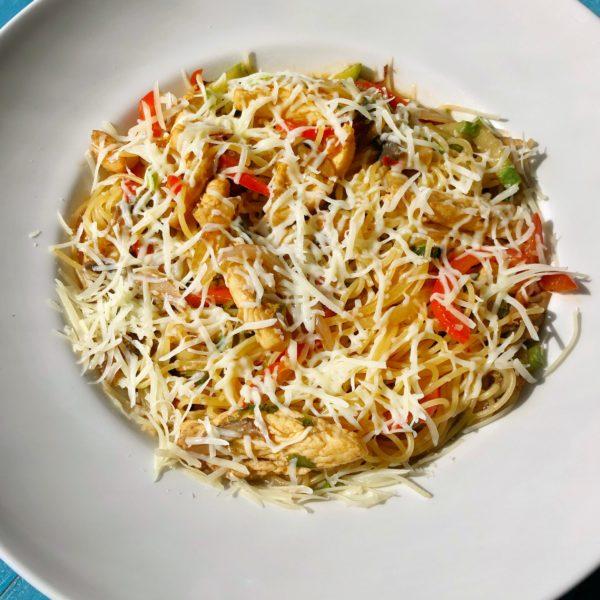 Спагетти WOK с куриным филе